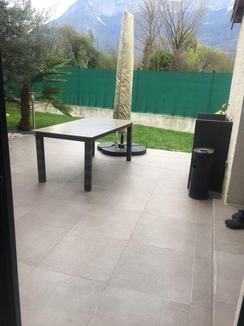 terrasse carrelage moderne gris