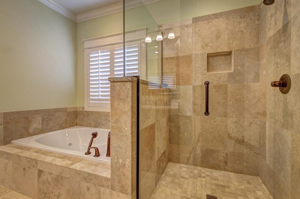 Salle de bain spa douche baignoire
