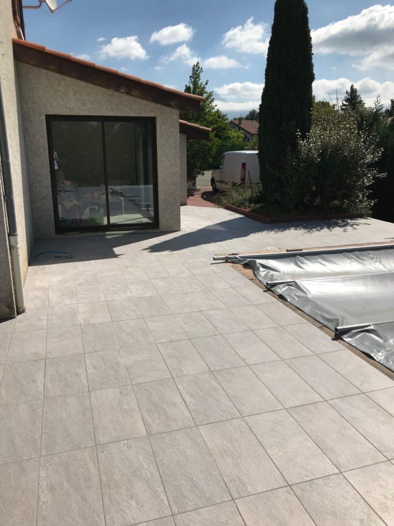 Carrelage terrasse carreaux 30x60 cm gris effet pierre
